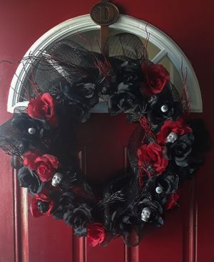 Red and Black Gothic Halloween Wreath for Sale in Richland, WA