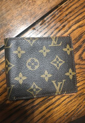 Louis Vuitton for Sale in Walton Hills, OH