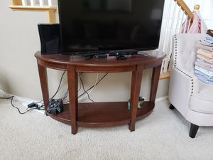 MOVING SALE! TV stand / entry table / cocktail table for Sale in Chula Vista, CA