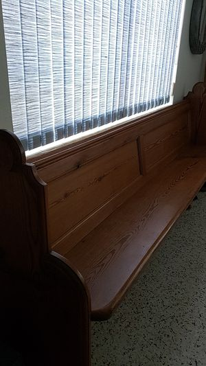 RECLAIMED CHURCH PEW for Sale in Lake Worth, FL