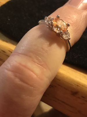 BRAND NEW LADIES RING WITH 1.2CTW CHAMPAGNE COLOR AND CLEAR CZS for Sale in Seaford, DE
