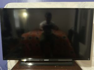 """Sony Bravia 40"""" Inch LED TV (With Box) for Sale in Bristol, RI"""