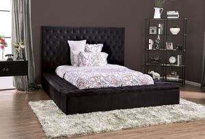 QUEEN SIZE BED FRAME WITH TUFTED STORAGE for Sale in Los Angeles, CA