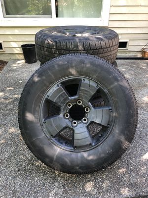 265/65 R17 Tires on Rims for Sale in Kenmore, WA