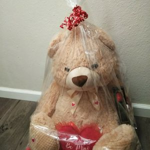 Giant White Bear, Giant Teddy Bear, Giant Stuffed Bear, Toys, Valentine's Gifts, Valentine's Day Gift, Hearts for Sale in Chula Vista, CA