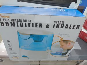 Nuevo. 2-in 1 WARM MIST. HUMIDIFIER y INHALER. $35 for Sale in Rowland Heights, CA