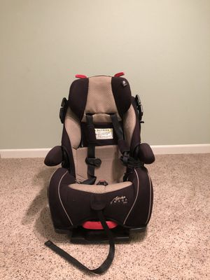 Car seat for Sale in Centennial, CO