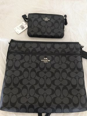 Coach Purse & Wallet for Sale in Fresno, CA
