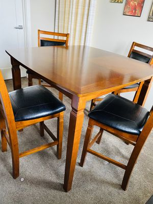 DINING TABLE SET (TABLE + 4 CHAIRS) for Sale in The Bronx, NY