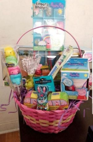 Peppa Pig Easter Basket for Sale in Los Angeles, CA