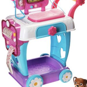 Doc McStuffins Toy Hospital Care Cart for Sale in Queenstown, MD