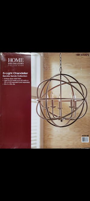 5 light chandelier for Sale in Pumpkin Center, CA