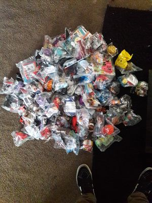 120 Happy Meal Toy Lot ( Very Few Repeats ) for Sale in Pico Rivera, CA
