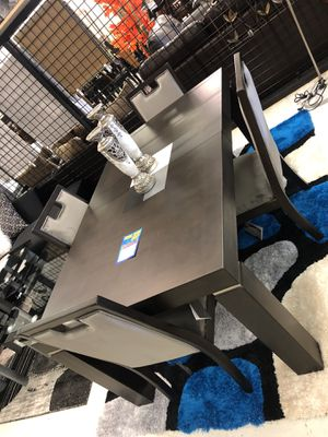 Dining and kitchen table sets for Sale in Lawrenceville, GA