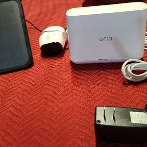 Arlo Pro With Solar Panel for Sale in Lake Worth, FL