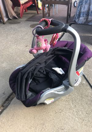 Infant Car seat for cheap! for Sale in Lincoln Park, MI