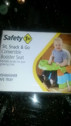 Safety sit sank booster seat for Sale in Springfield, MA
