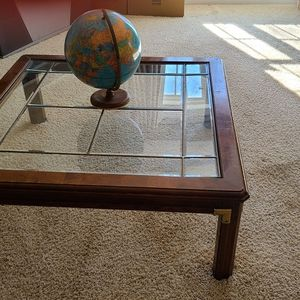Coffee Table for Sale in Fuquay-Varina, NC