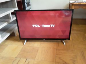 Smart tv TCL 32 pulgadas for Sale in Falls Church, VA