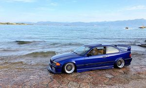 LOOKING FOR A BMW e36 for Sale in Los Angeles, CA