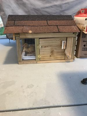 Deluxe Chicken coop for Sale in Pooler, GA