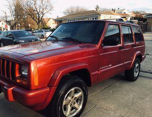 2000 Jeep Cherokee Classic limited sport XJ 4wd 4.0L 58k mi for Sale in Chicago, IL