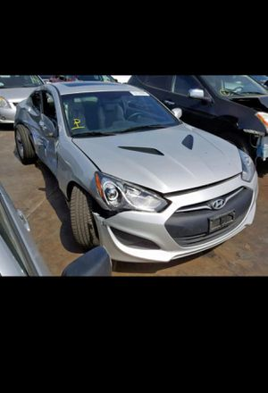 Hyundai Genesis coupe parts car part out motor for Sale in CTY OF CMMRCE, CA