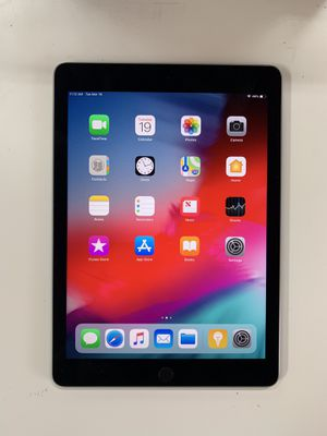 Ipad Air 2nd gen 9.7 inch 16gb wifi - $180 firm price for Sale in Renton, WA
