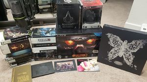 Assorted incomplete PS3 Xbox 360 and PS2 Collectors Edition Games for Sale in Homestead, FL