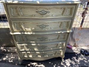 Solid wood chest of 5 drawers in excellent condition. for Sale in Stockton, CA