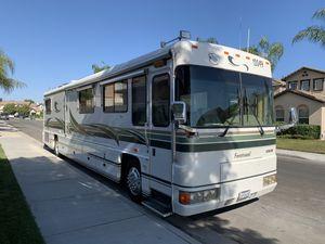 1997 Foretravel U320 M-4000 Cummings Diesel for Sale in Corona, CA
