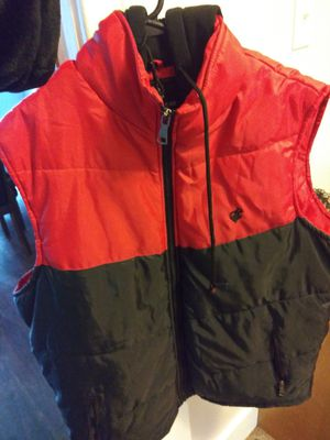 Rocawear Vest W/Hood for Sale in Quincy, IL