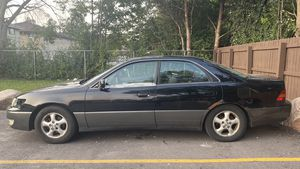 2001 Lexus for Sale in Milwaukee, WI