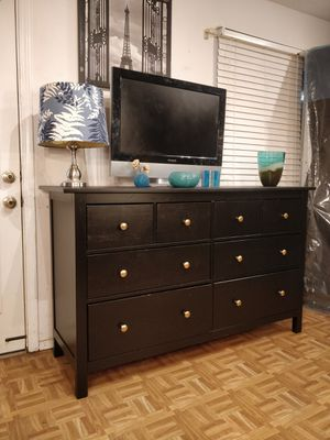 Wooden big dresser/TV stand with 8 drawers, all drawers working well pet free smoke free, let me know when ca for Sale in Annandale, VA