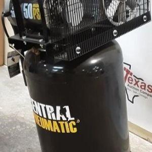 29 Gallon 2 HP 150 PSI Cast Iron Vertical Air Compressor for Sale in Austin, TX