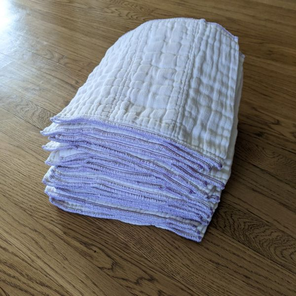 Osocozy Cloth Diapers Prefolds Used - Newborn Size (6-16 lbs) - 2 dozen