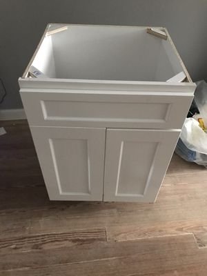 Kitchen based cabinet for Sale in Baltimore, MD