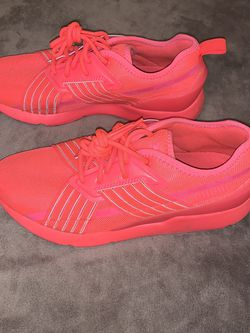 Neon Pink Puma Sneakers for Sale in Milton,  FL