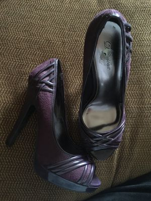 Delicious brand purple heels for Sale in Perris, CA