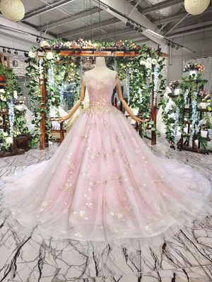 Wedding Quinceanera quince, sweet 16, ball gown dress for Sale in SUNNY ISL BCH, FL