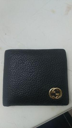 Gucci men's leather bi-fold wallet for Sale in Whittier, CA