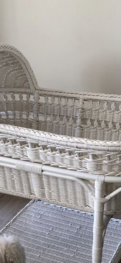 Pottery Barn Bassinet With Mattress  for Sale in Los Angeles, CA