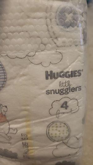 Huggie little snugglers size 4 for Sale in Calumet Park, IL