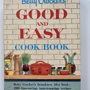 Betty Crocker Good And Easy Cookbook for Sale in Los Angeles, CA
