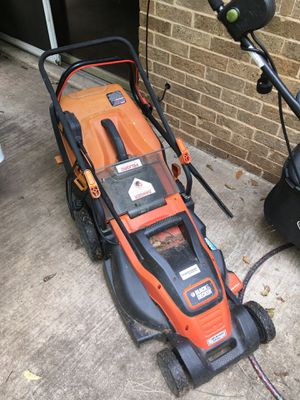 Black and decker lawn mower for Sale in Austin, TX