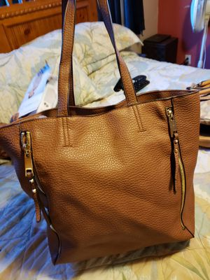 Cute large brown purse in excellent condition for Sale in Buffalo, NY