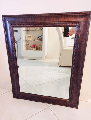 """28""""x34"""" Beveled Wall Mirror w/ Brown Frame for Sale in Southwest Ranches, FL"""