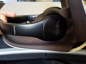 Samsung Level Pro wireless Headphones Noise Cancelling Bluetooth for Sale in Houston, TX