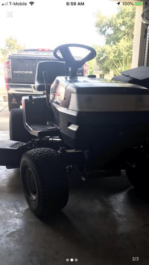RIDING LAWN MOWER for Sale in Land O Lakes, FL