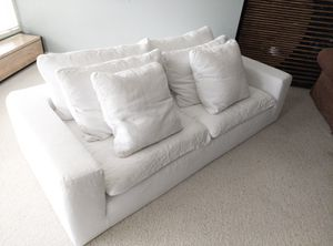 Restoration Hardware Cloud Bed / Couch for Sale in Ada, MI